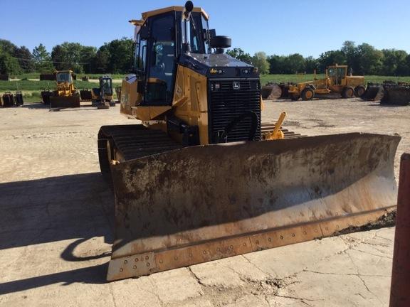 Detail photo of 2016 John Deere 750K from Construction Equipment Guide