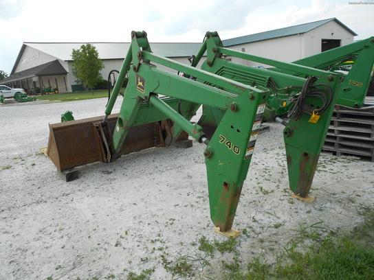 John Deere 740 Tractor : John deere tractor loaders machinefinder