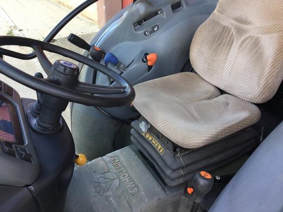 New Holland TN80F 4WD