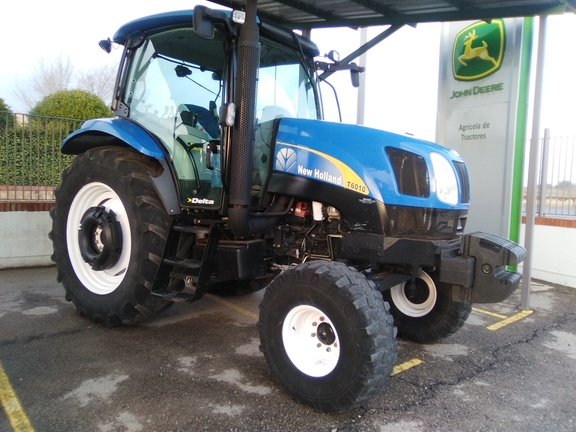 New Holland T-6010 2WD