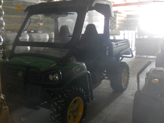 2011 John Deere XUV 825I GATOR GAS GREEN & YELLOW