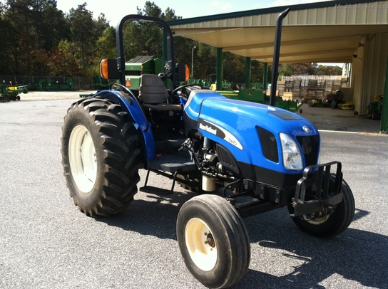 2005 New Holland TN70A