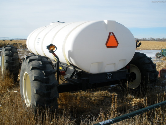 2002 Yetter 1600 GAL ALL STEER