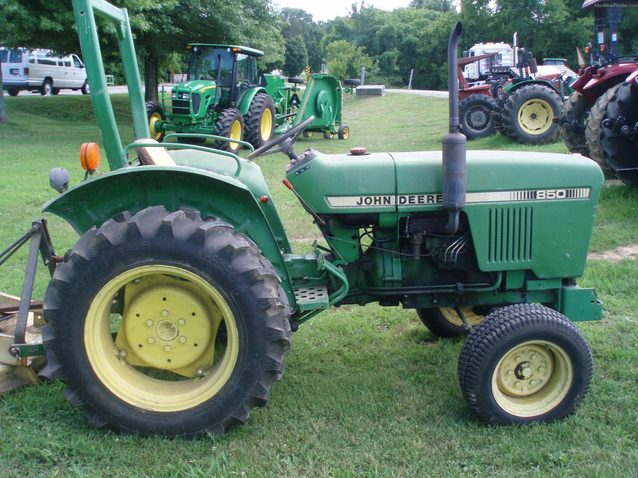 John Deere 850 Tractor Seat : John deere tractors compact hp
