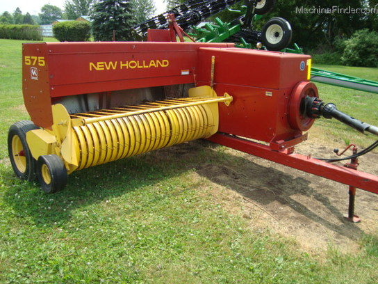 2001 New Holland 575
