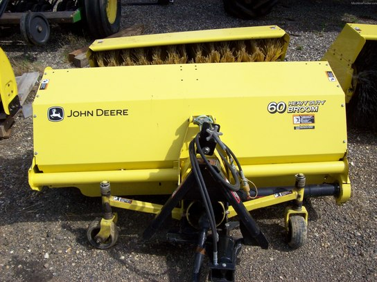 "John Deere 60"" ROTARY BROOM"