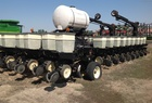 2002 Kinze Friesen Bar w/Kinze Row Units