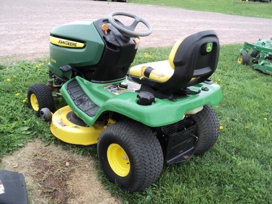 2006 john deere x300  lawn  garden tractors  john deere