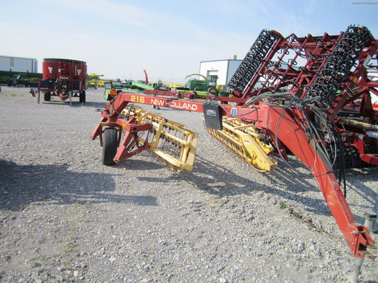 2006 New Holland 216 Hay Rake