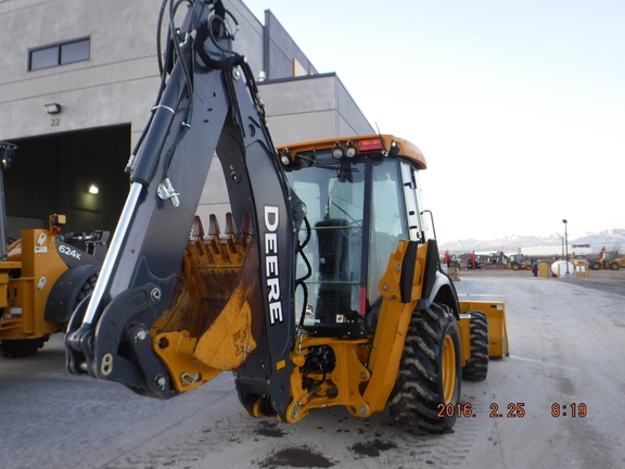 Detail photo of 2014 John Deere 310SK from Construction Equipment Guide