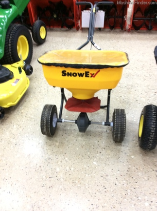 2014 Snow Ex TXSP-65 WALK BEHIND PUSH SPREADER Image 1