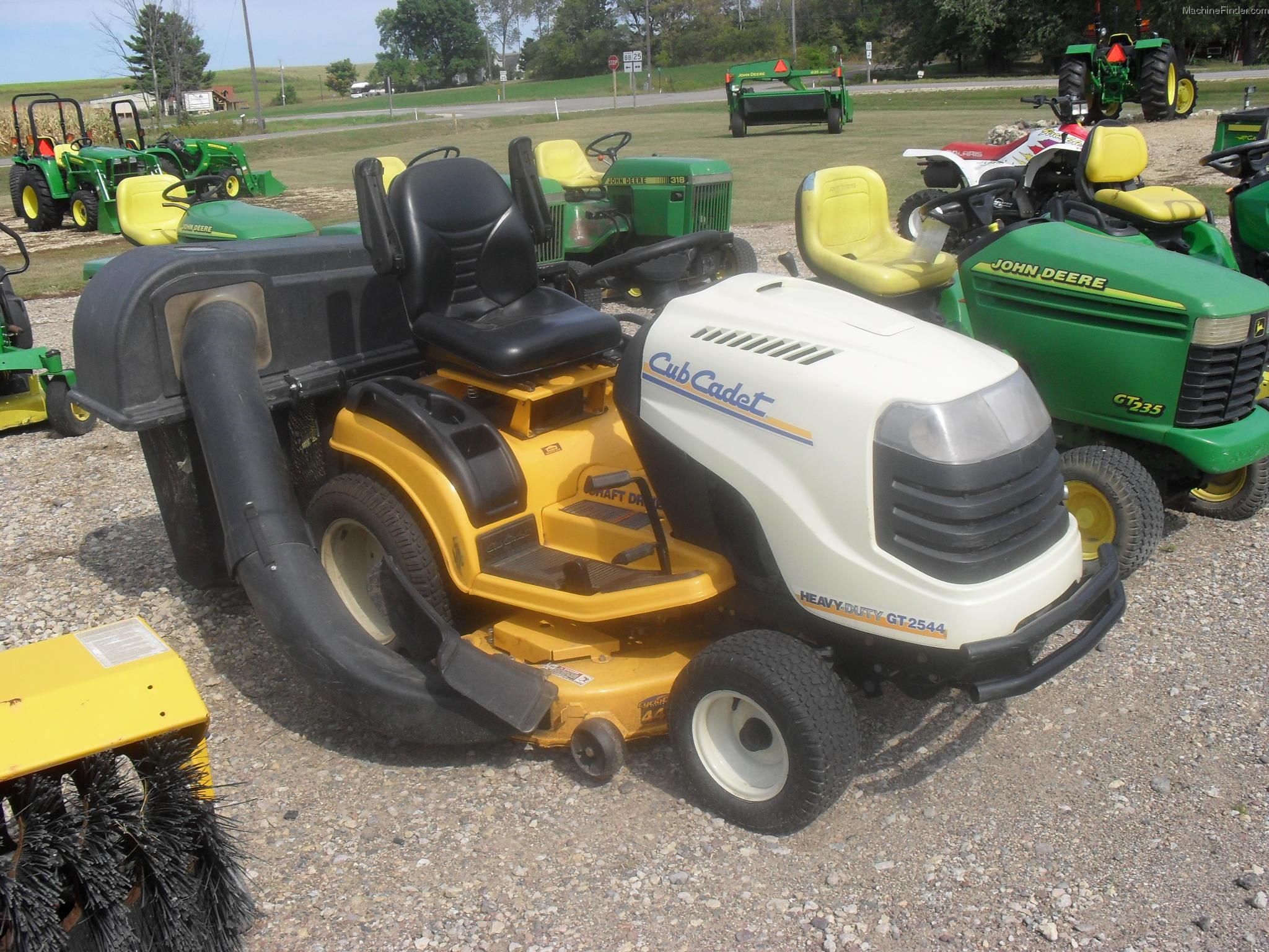 Cub Cadet Lawn Tractors 2010 : Cub cadet gt lawn garden and commercial mowing