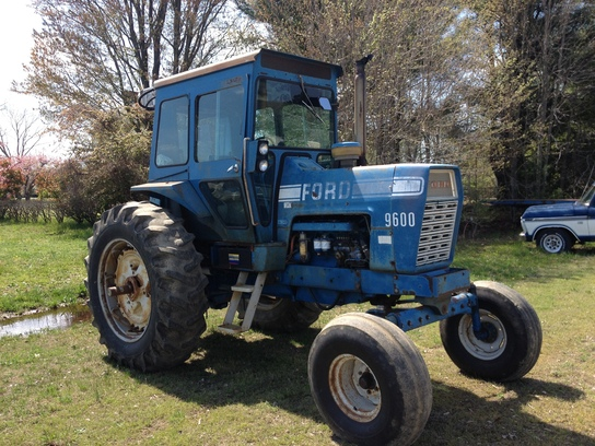 Ford 9600 Tractor : Ford
