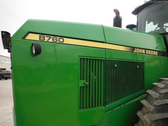 John Deere 8760
