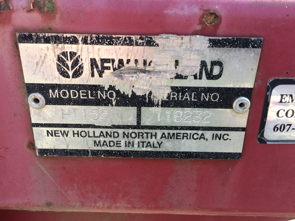 2002 New Holland HT152