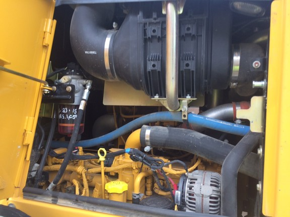 Detail photo of 2012 John Deere 750K from Construction Equipment Guide
