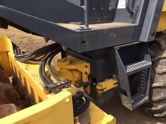 Detail photo of 2005 Bomag BW 177 PD-3 from Construction Equipment Guide