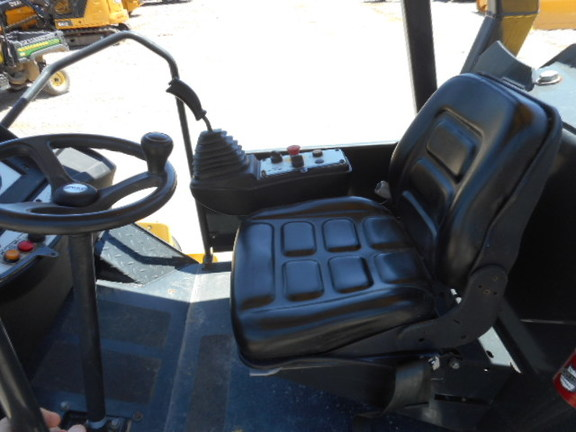Detail photo of 2011 Bomag BW213DH-40 from Construction Equipment Guide