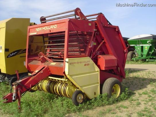 1979 New Holland 851