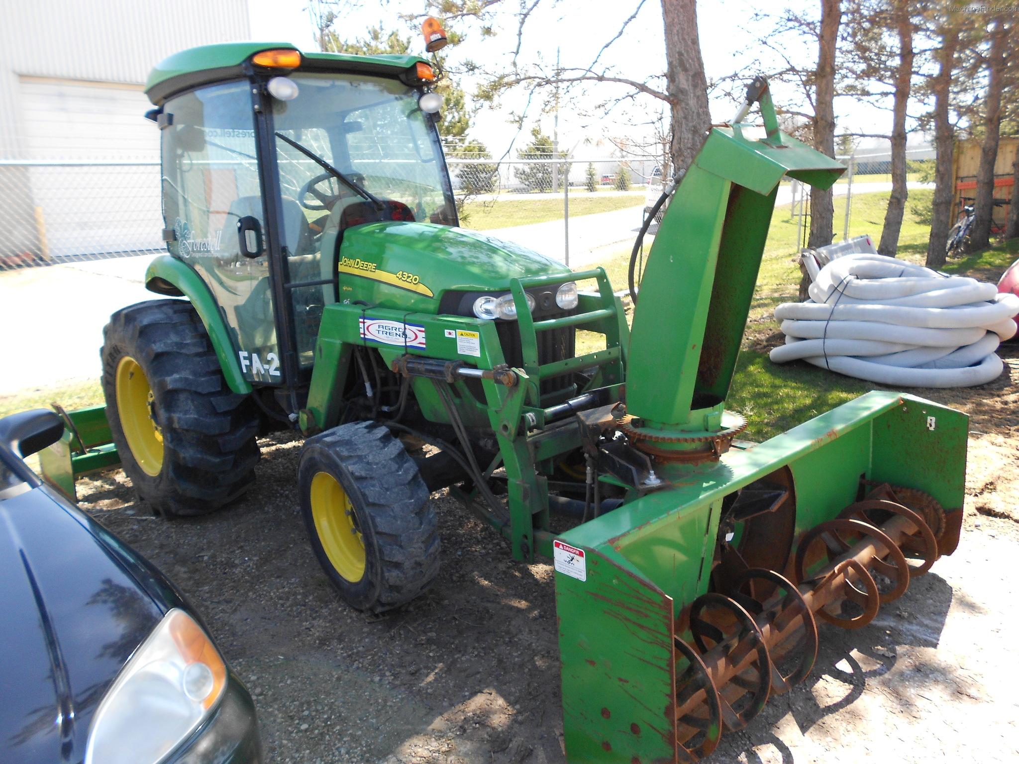 2010 John Deere 4320 Tractors - Compact  1-40hp