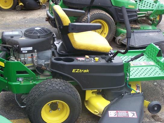 2013 John Deere Z255