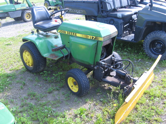 1982 John Deere 317 Lawn Garden And Commercial Mowing John Deere Machinefinder
