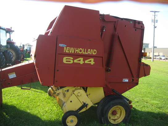 1998 New Holland 644