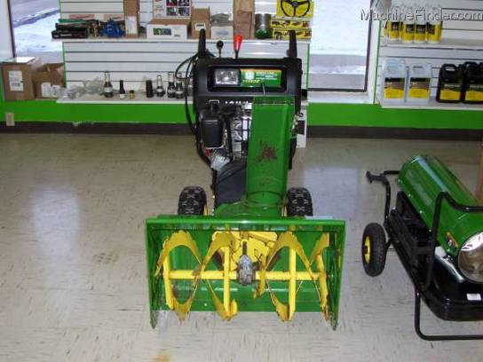 2001 John Deere 1128DE SNOWBLOWER