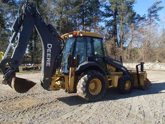 Detail photo of 2008 John Deere 410J from Construction Equipment Guide