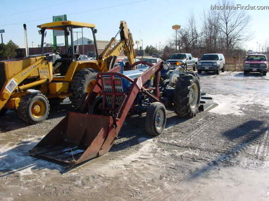 Steiner Tractor Fenders : Salvage tractor fender ford row crop