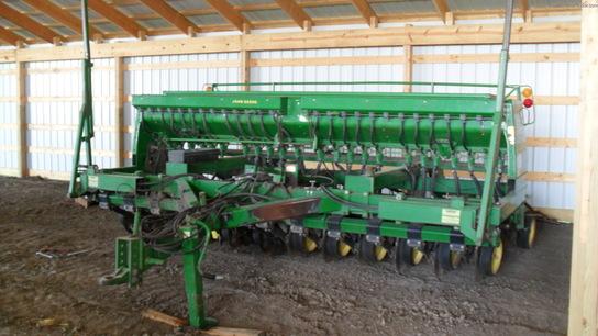 1991 John Deere 750 Planting Seeding Box Drills John