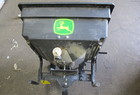 JOHN DEERE Dry Fertilizer Applicator