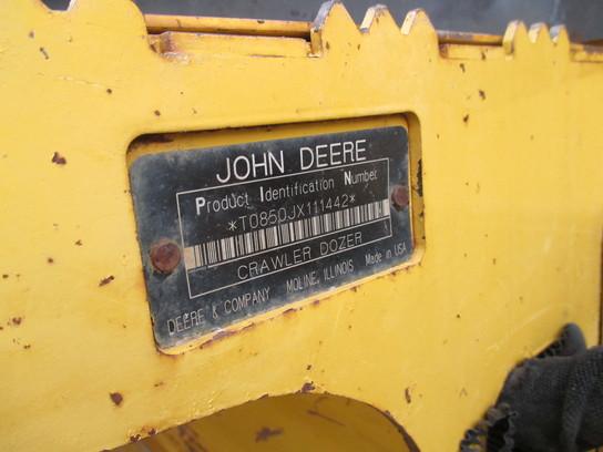 Detail photo of 2005 John Deere 850J from Construction Equipment Guide
