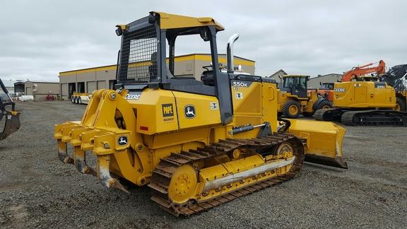 Detail photo of 2014 John Deere 550K from Construction Equipment Guide