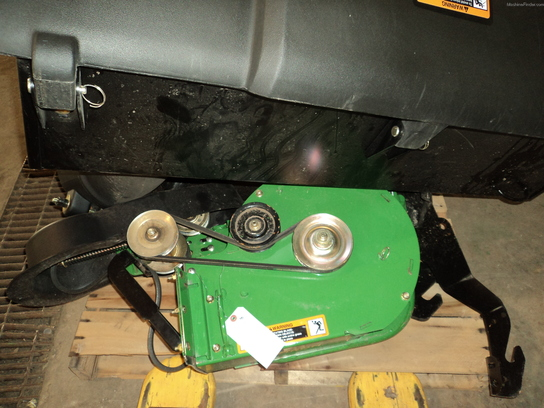 "2011 John Deere 54""POWERFLOW BAGGER FOR Z900 SERIES"