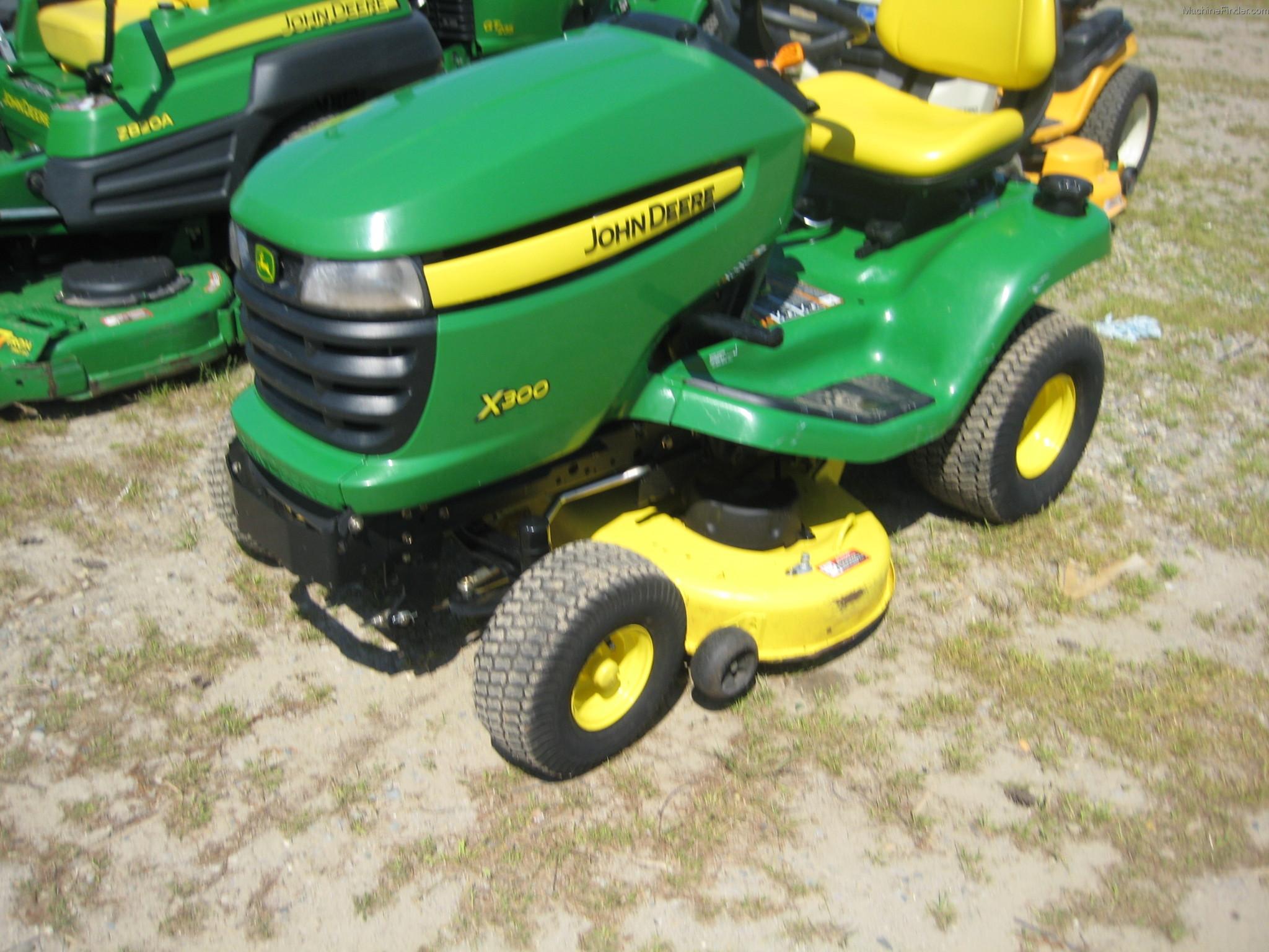 2010 john deere x300 lawn  garden and commercial mowing