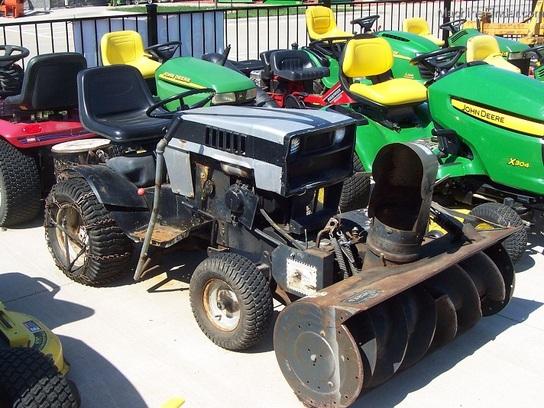 1977 Sears Craftsman 917 25170 Heavy Duty Garden Tractor