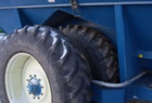 1998 Kinze 1040 row crop