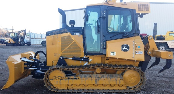 Detail photo of 2016 John Deere 550K from Construction Equipment Guide