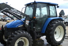 2004 New Holland TL90 WITH A 720 LOADER