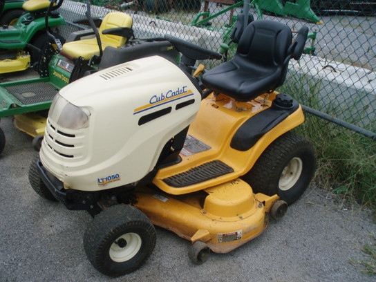 2007 Cub Cadet LT1050 Lawn & Garden and Commercial Mowing ...