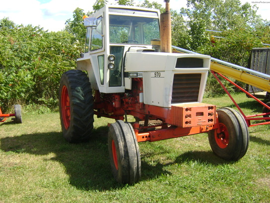 International Harvester 970