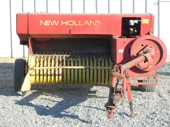 1974 New Holland 276