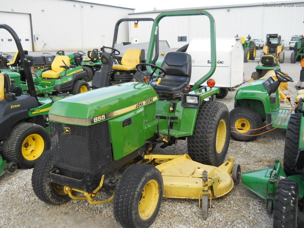 1988 John Deere 855 Tractors - Compact (1-40hp.) -