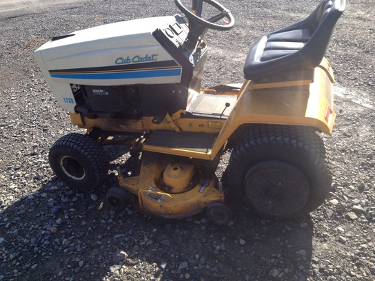 Cub Cadet 1730 Lawn Amp Garden And Commercial Mowing John