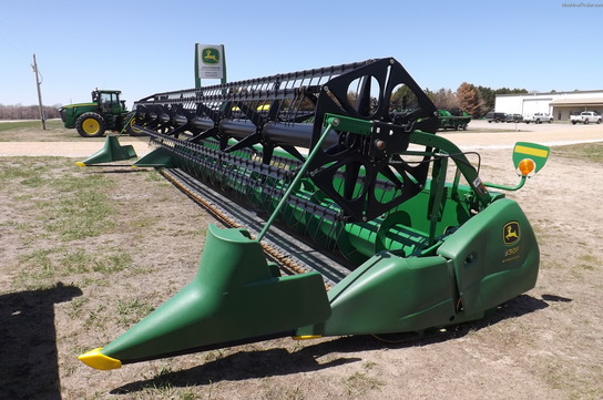 2007 John Deere 630FLEX PLATFORM FULL POLY FINGER LONG/SHORT SICKLE