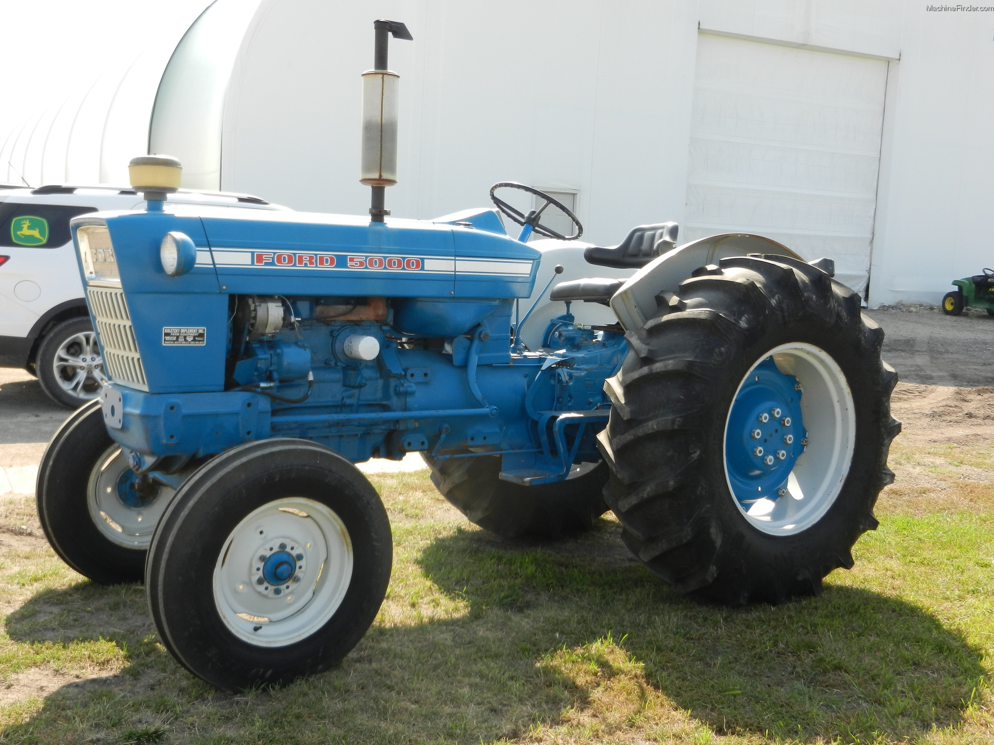 Ford Tractor Company : Ford row crop tractor