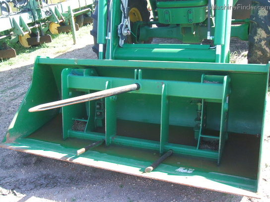 John Deere 600 SERIES 3TINE BALE SPEAR