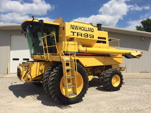 New Holland TR99