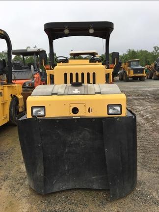 Detail photo of 2011 Sakai GW750 from Construction Equipment Guide